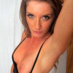 Femme infidèle en manque de sexe dispo sur le 49