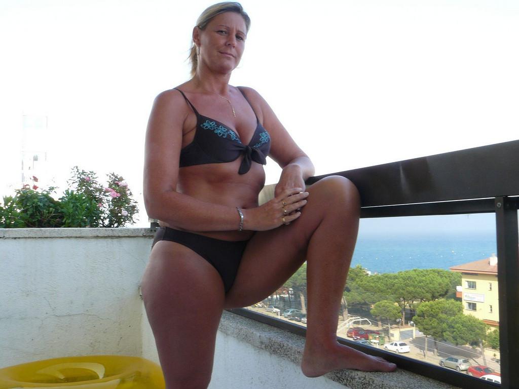 Femme mariée en manque de sexe sur le 57