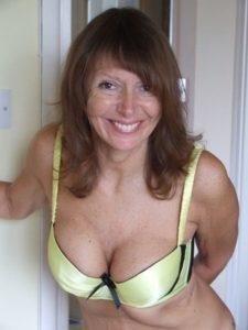 Femme mariée en manque de sexe sur le 62