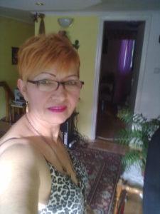 Femme mariée en manque de sexe sur le 64