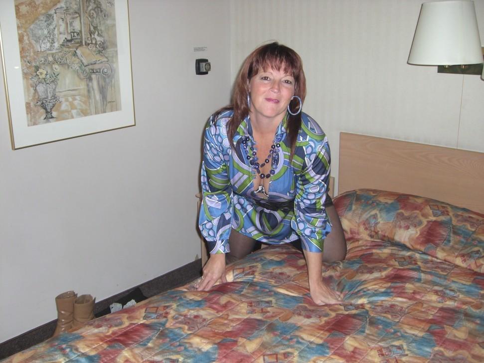 Femme mature infidèle sur le 28