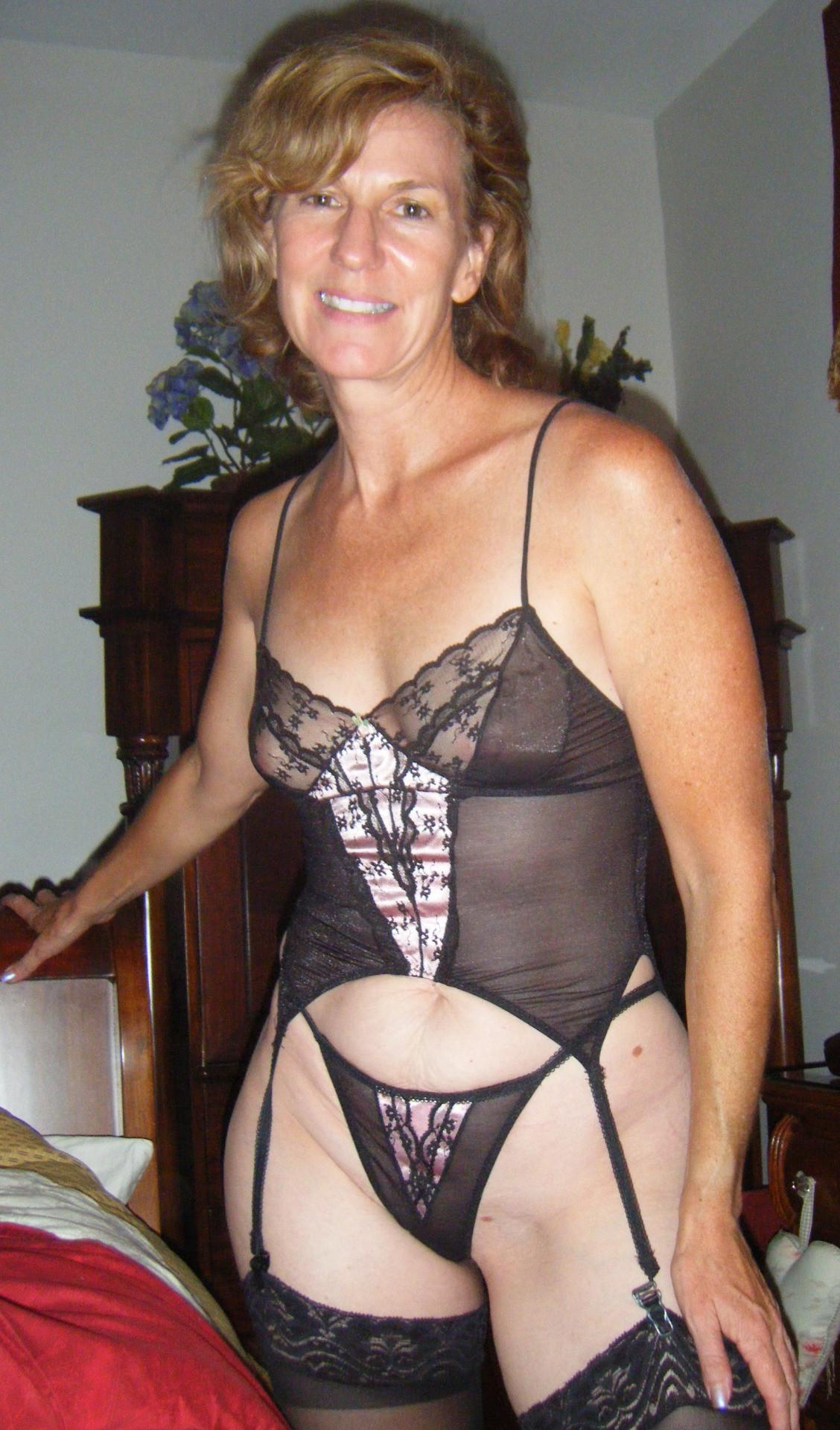 Femme mature infidèle sur le 45
