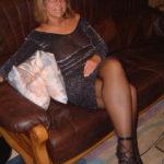 Femme mature infidèle sur le 64