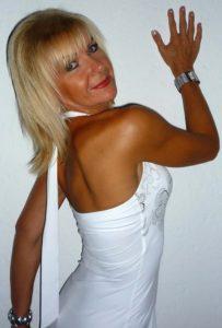 Femme mature infidèle sur le 85