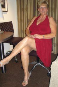 Femme mature infidèle sur le 90