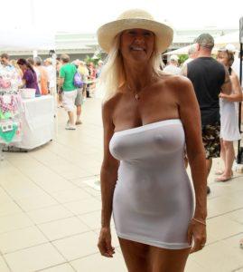 Femme mature sexy et coquine du 13