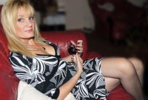 Femme mature sexy et coquine du 22