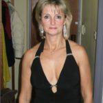 Femme mature sexy et coquine du 53