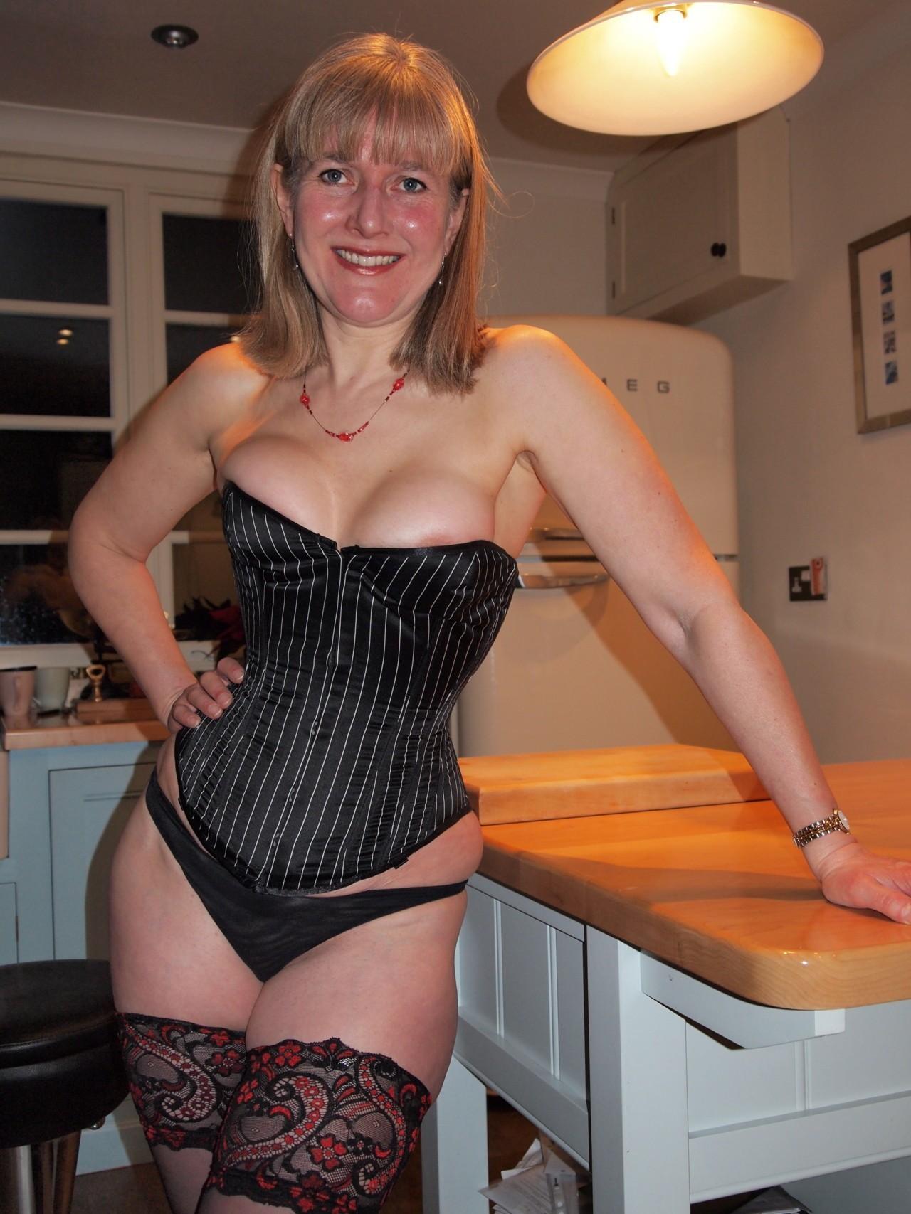Photo et rdv sexe porno avec épouse infidèle du 19