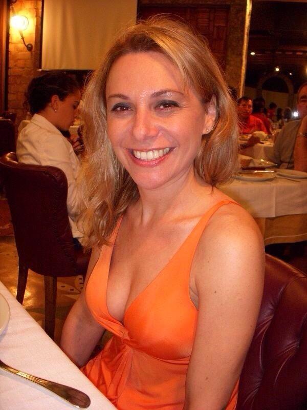 Photo et rdv sexe porno avec épouse infidèle du 63