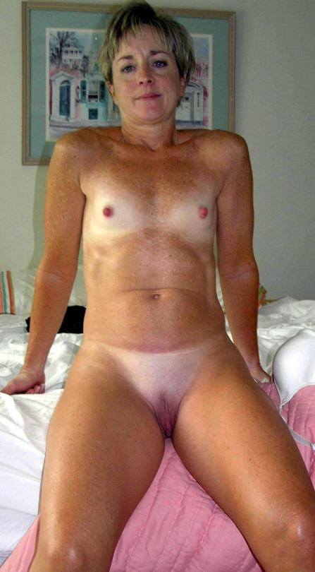 Femme mariée cherche plan sexe sur le 13