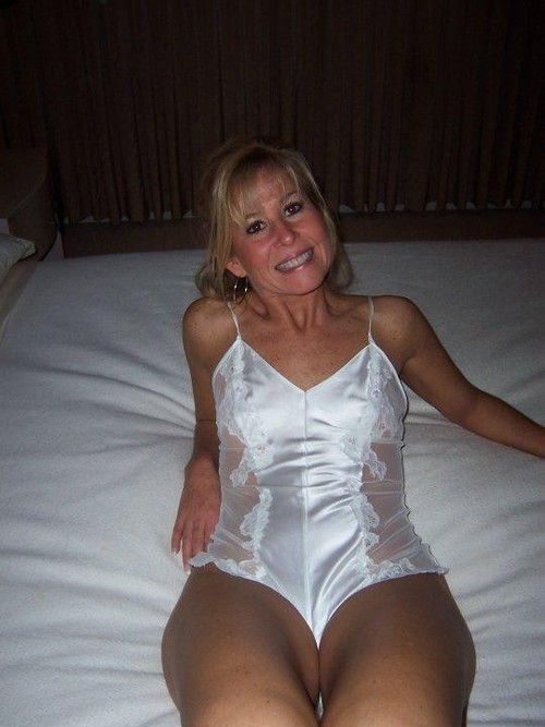 Femme mure nue image porno 54