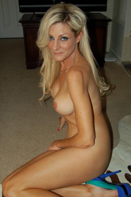 Femme mure nue image porno 57