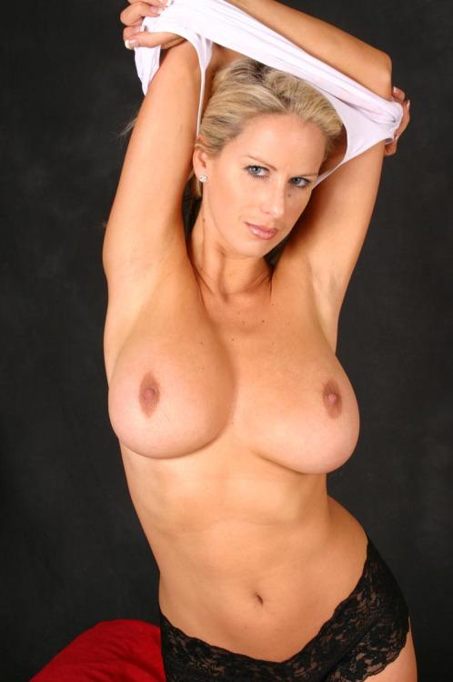 femme mure nue du 33