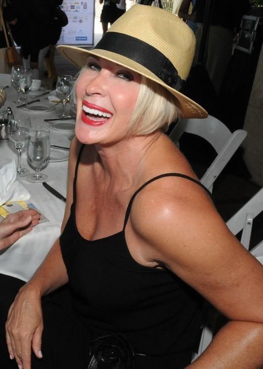 Femme mature sexy et coquine du 51